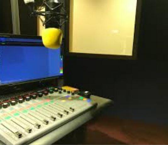 CAMPUS RADIO 2
